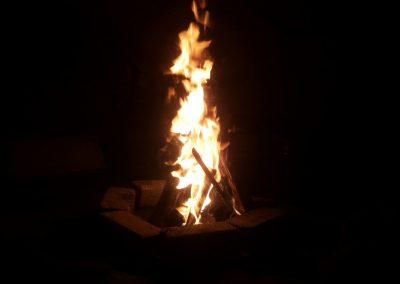 Groot vuur in de tipi